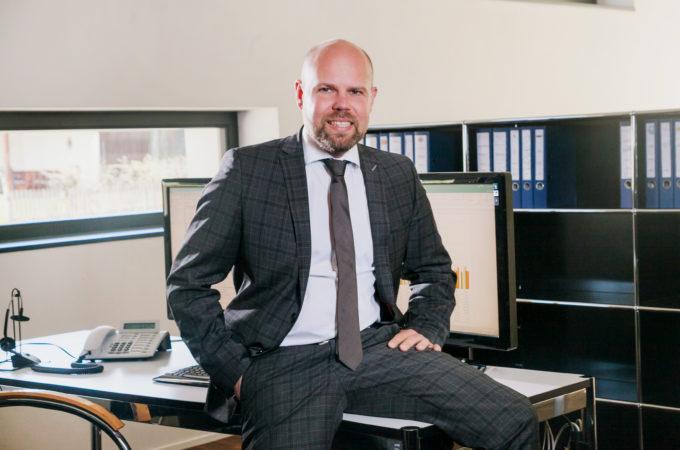 Mag. (FH) David Spiegel - Entwicklung, Implementierung und Controlling von Strategie